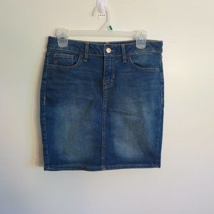 Old Navy size 4 jean pencil skirt mid thigh EUC